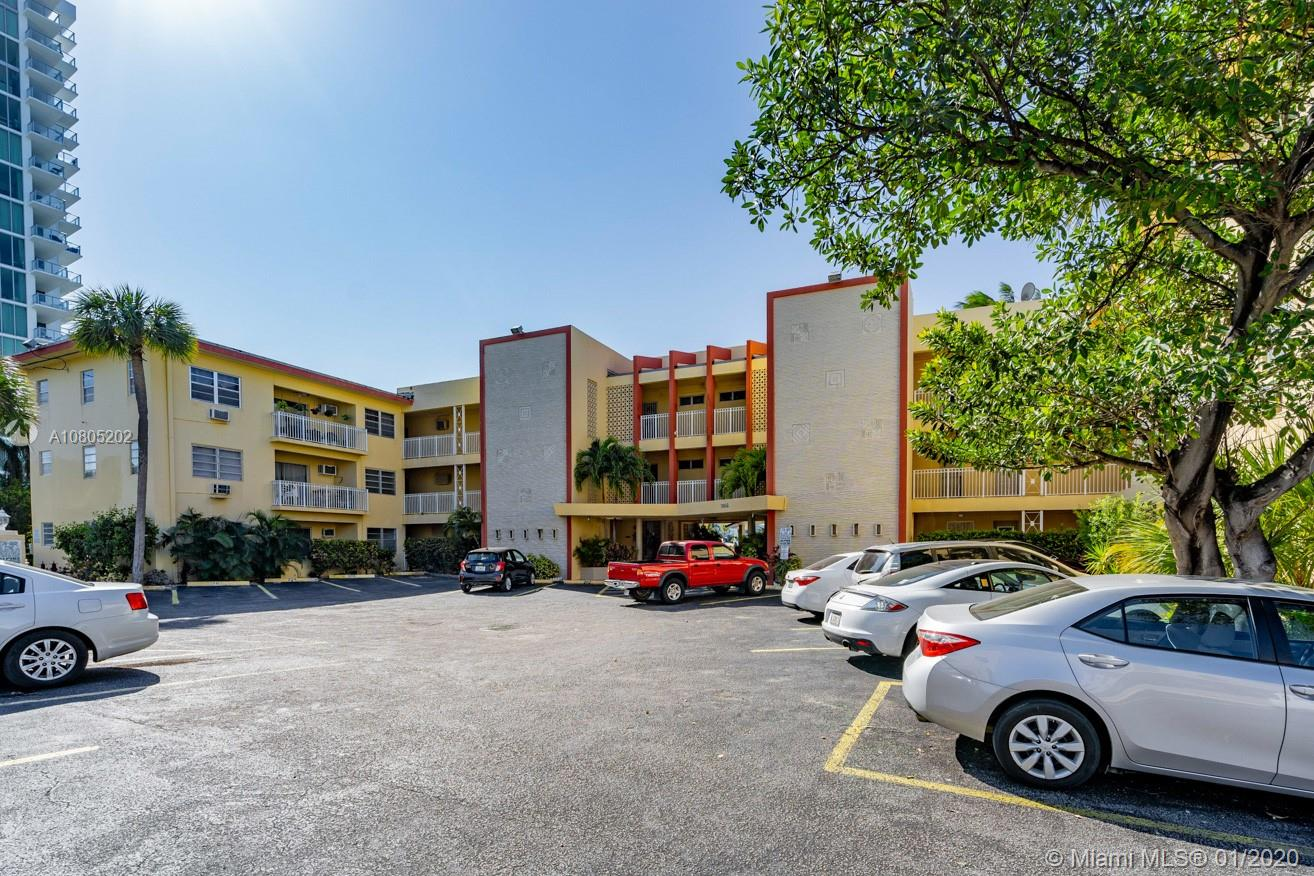 7946  East Dr #111 For Sale A10805202, FL