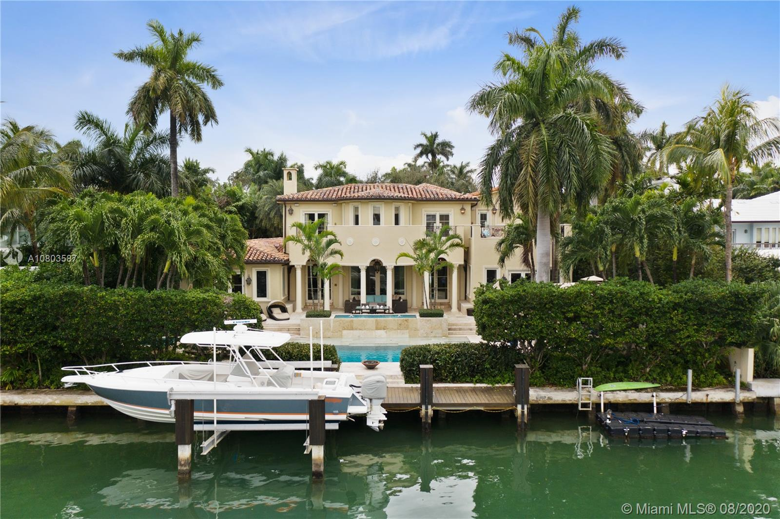 1511 W 27th St  For Sale A10803587, FL