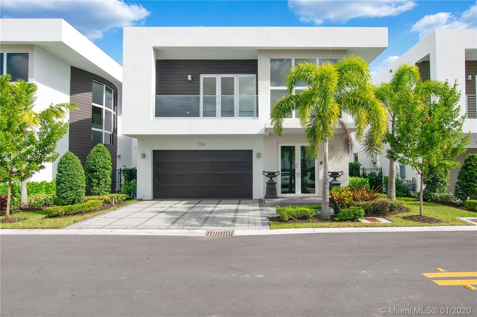 7515 NW 97th Ct  For Sale A10803773, FL