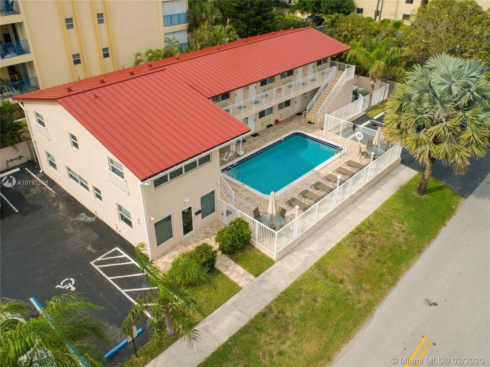 317 SE 20th Ave  For Sale A10797508, FL