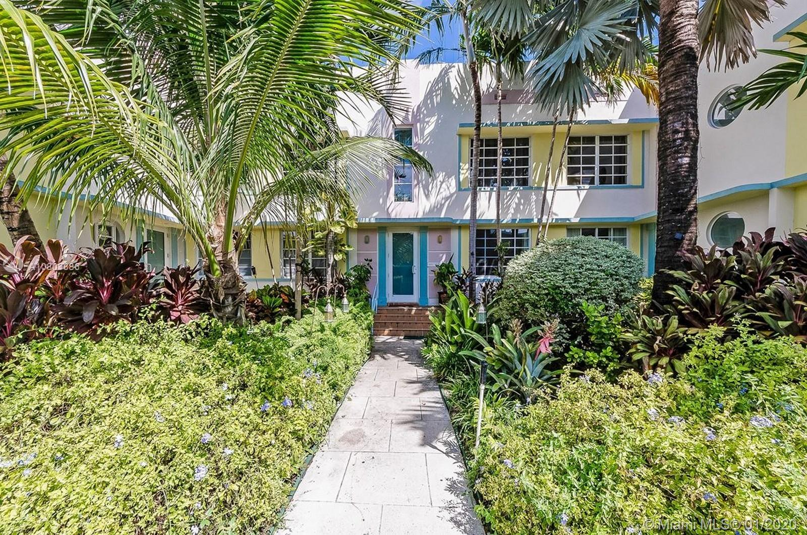 833  10th St #104 For Sale A10803886, FL