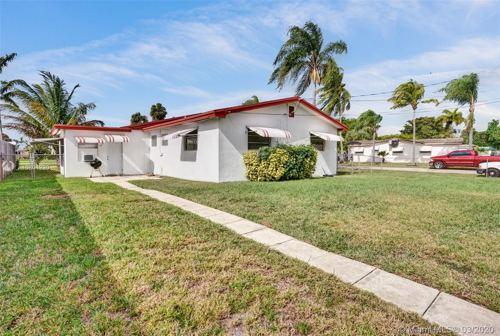 4528  Lincoln St  For Sale A10801220, FL