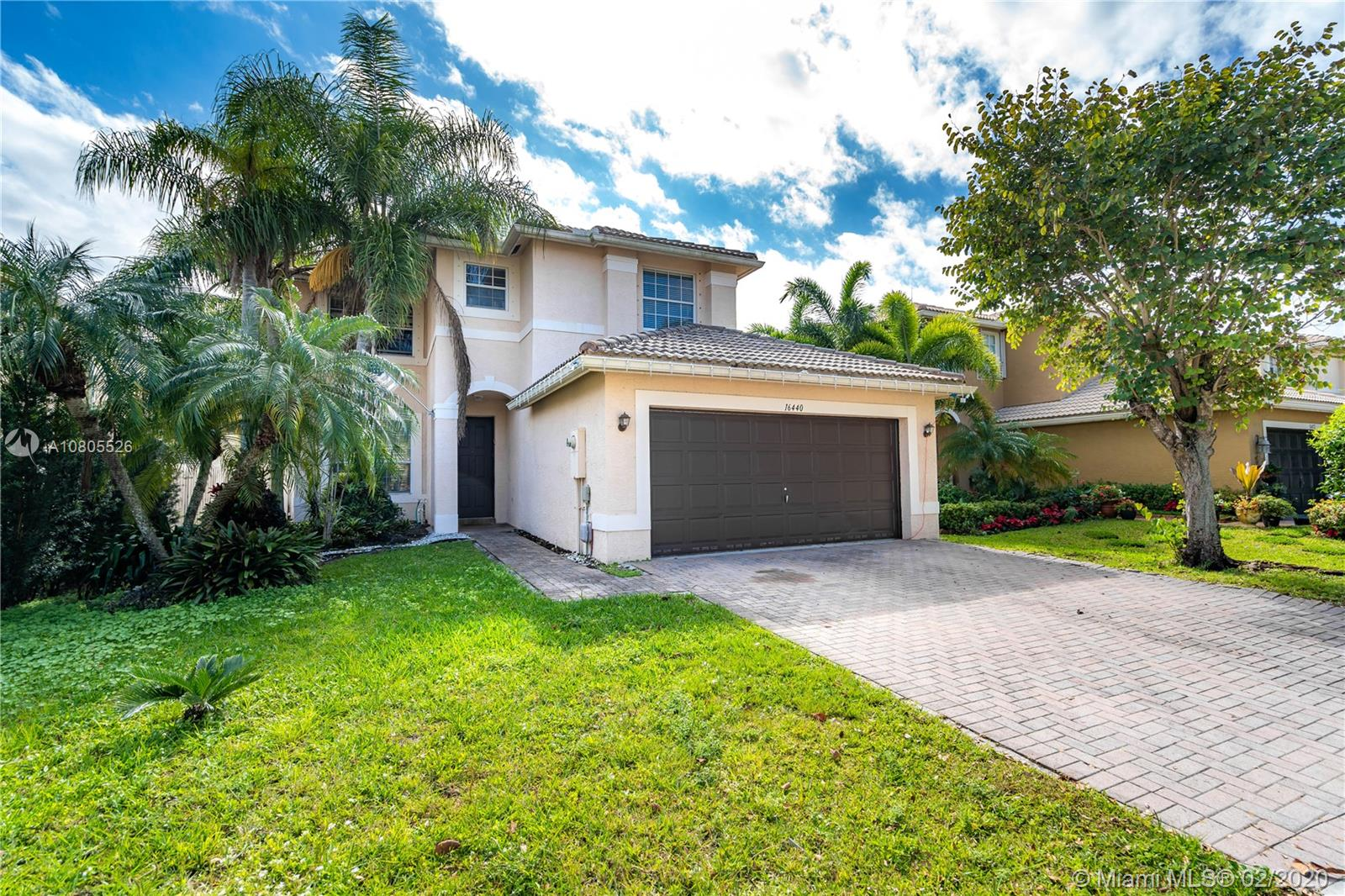 16440 SW 28th Ct  For Sale A10805526, FL
