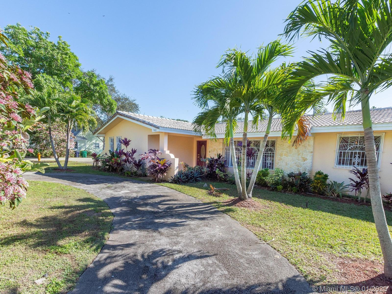 7600 SW 168 St  For Sale A10800798, FL