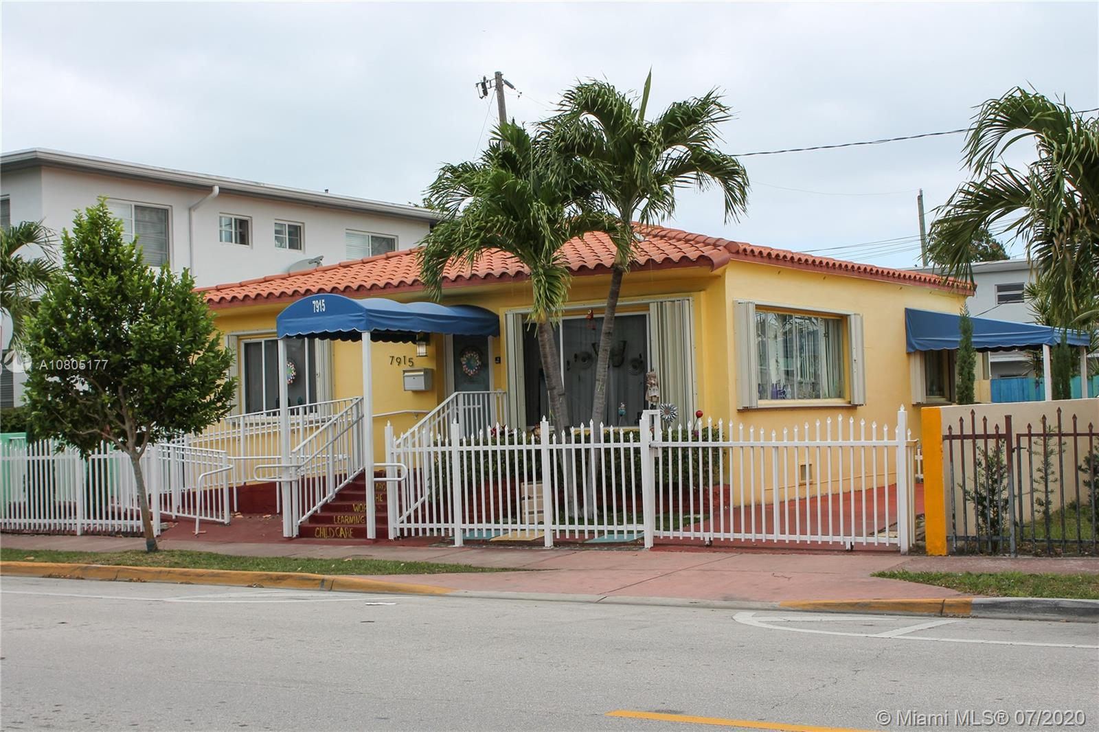 7915  Hawthorne Ave  For Sale A10805177, FL