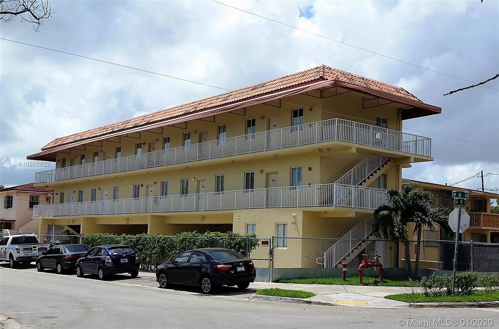 900 SW 6th Ave  For Sale A10805932, FL
