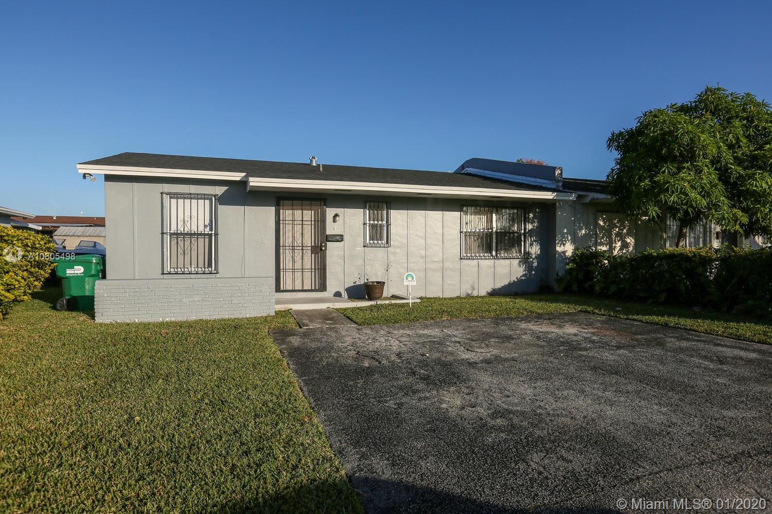 15011 SW 113th Pl  For Sale A10805498, FL