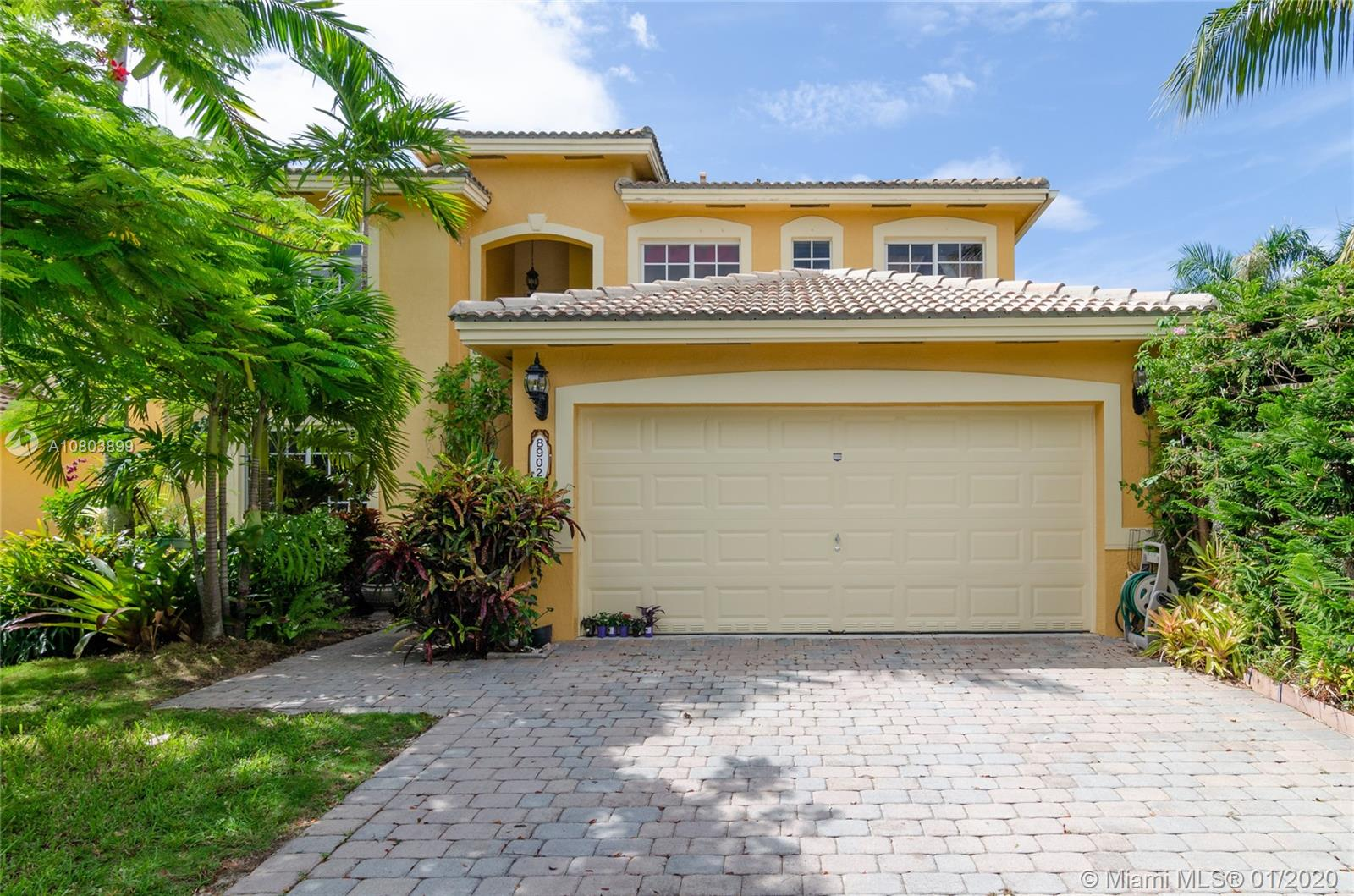 8902 SW 208th Ter  For Sale A10803899, FL