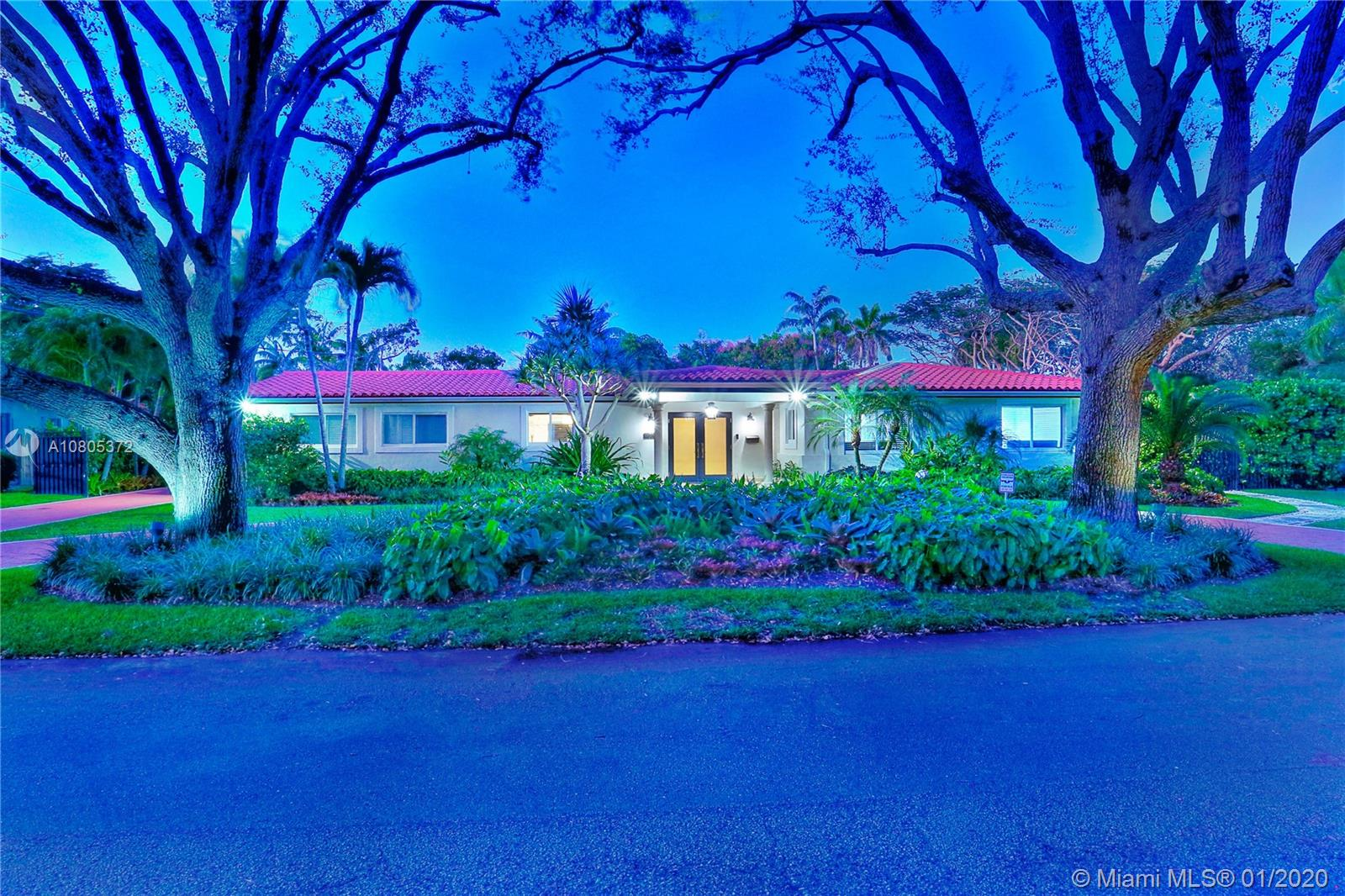 7205 SW 131 St  For Sale A10805372, FL