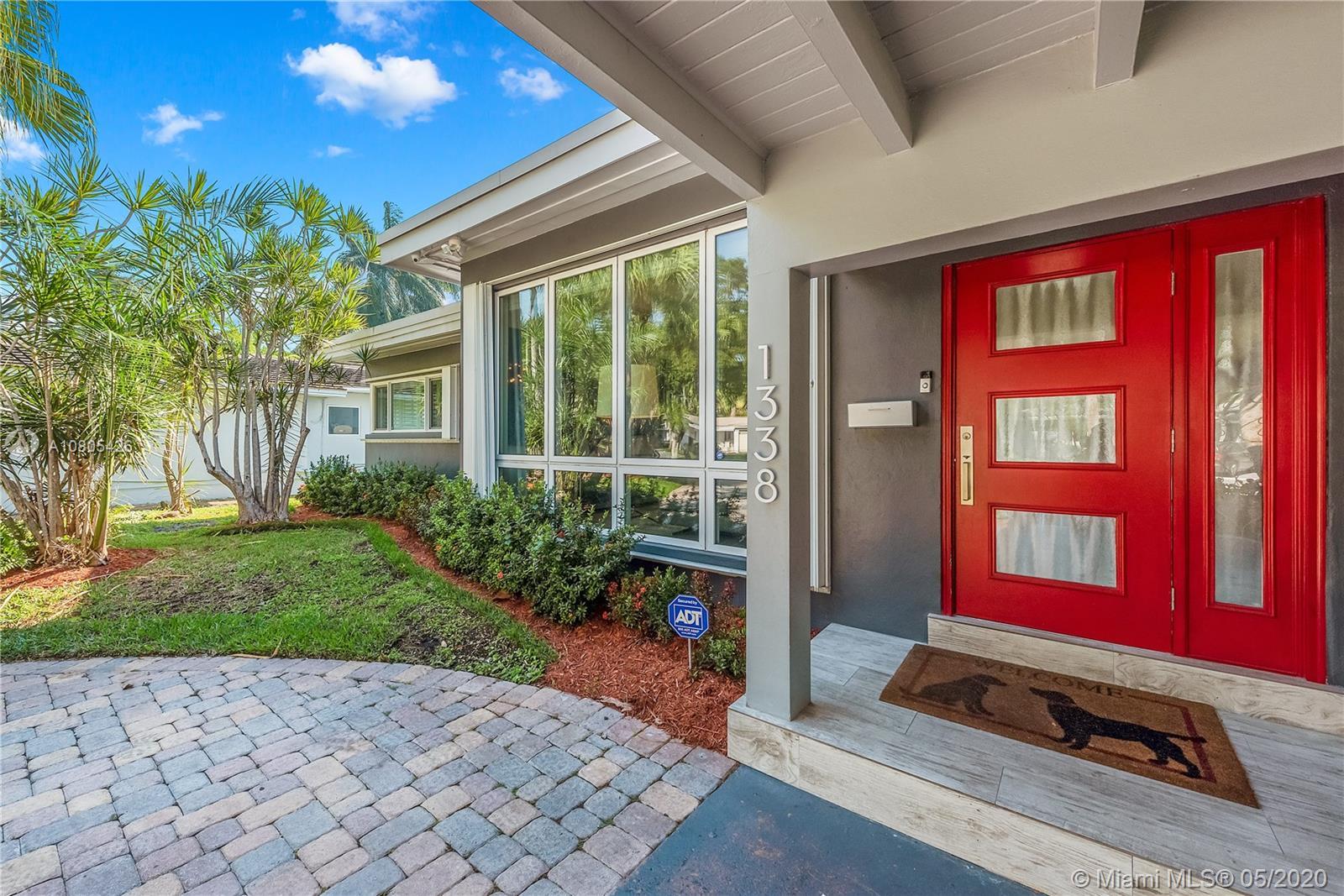 1338  Van Buren St  For Sale A10805426, FL
