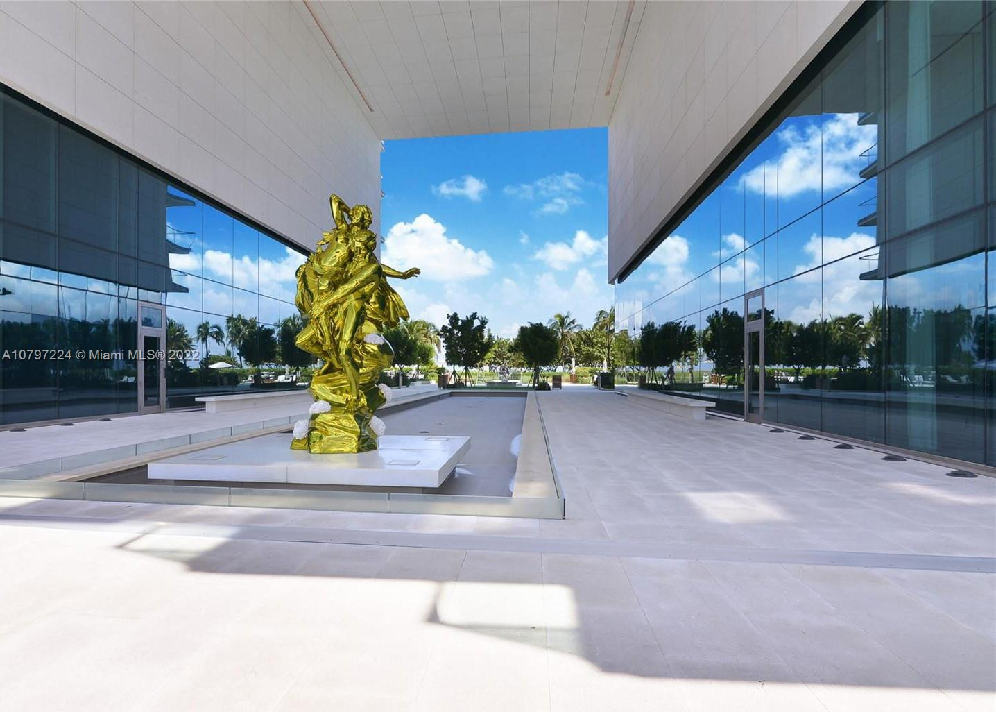 10203  Collins Ave   401-1
