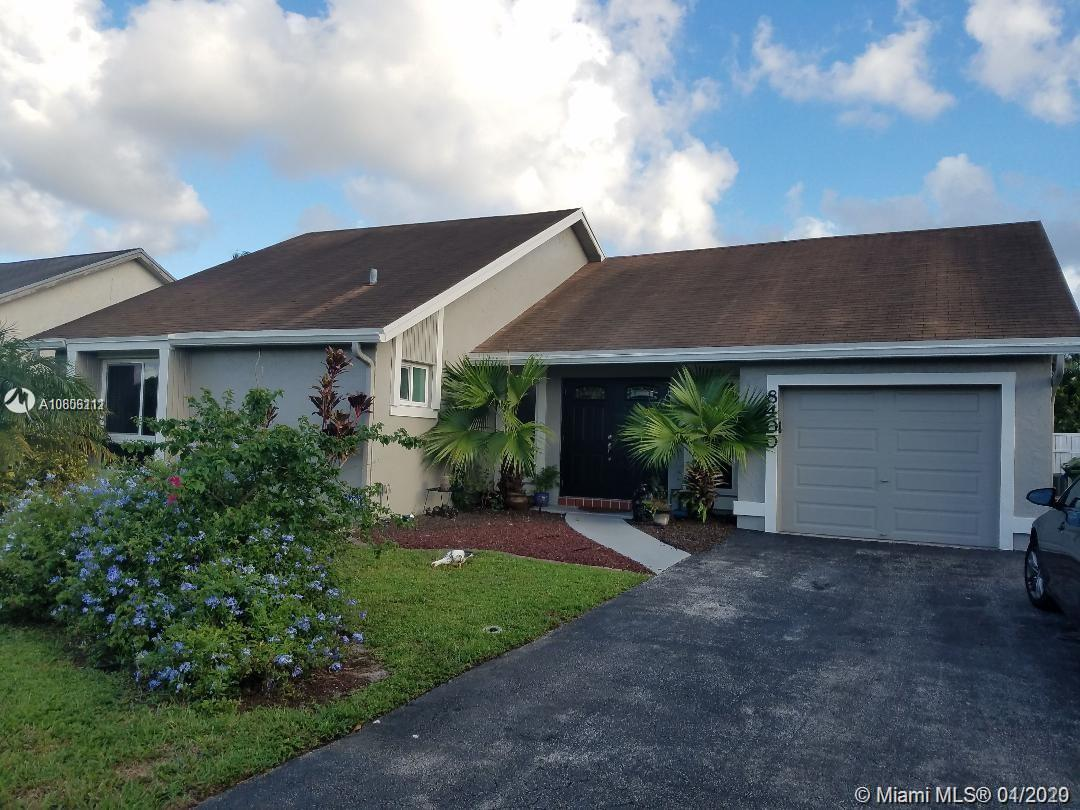 8400 NW 7th St  For Sale A10806111, FL