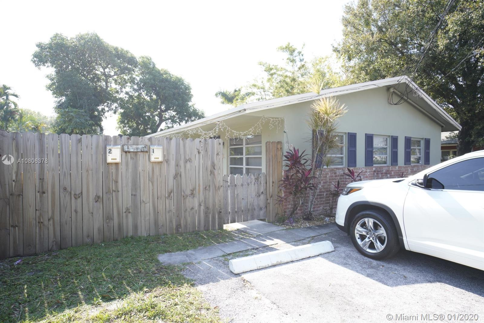 1712 SW 20th St  For Sale A10806378, FL