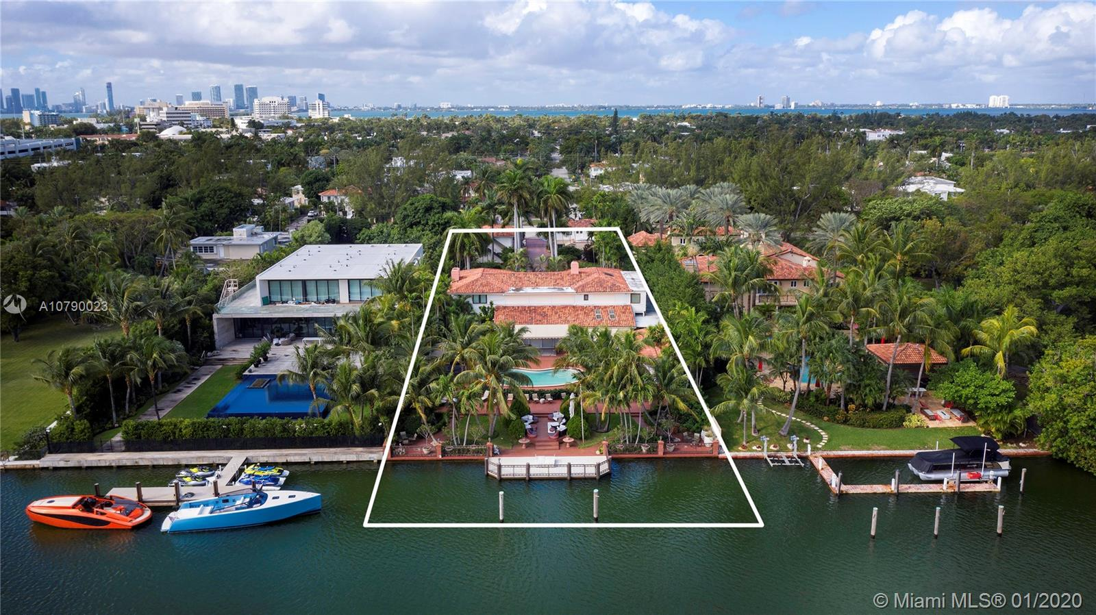 4403  Pine Tree Dr  For Sale A10790023, FL