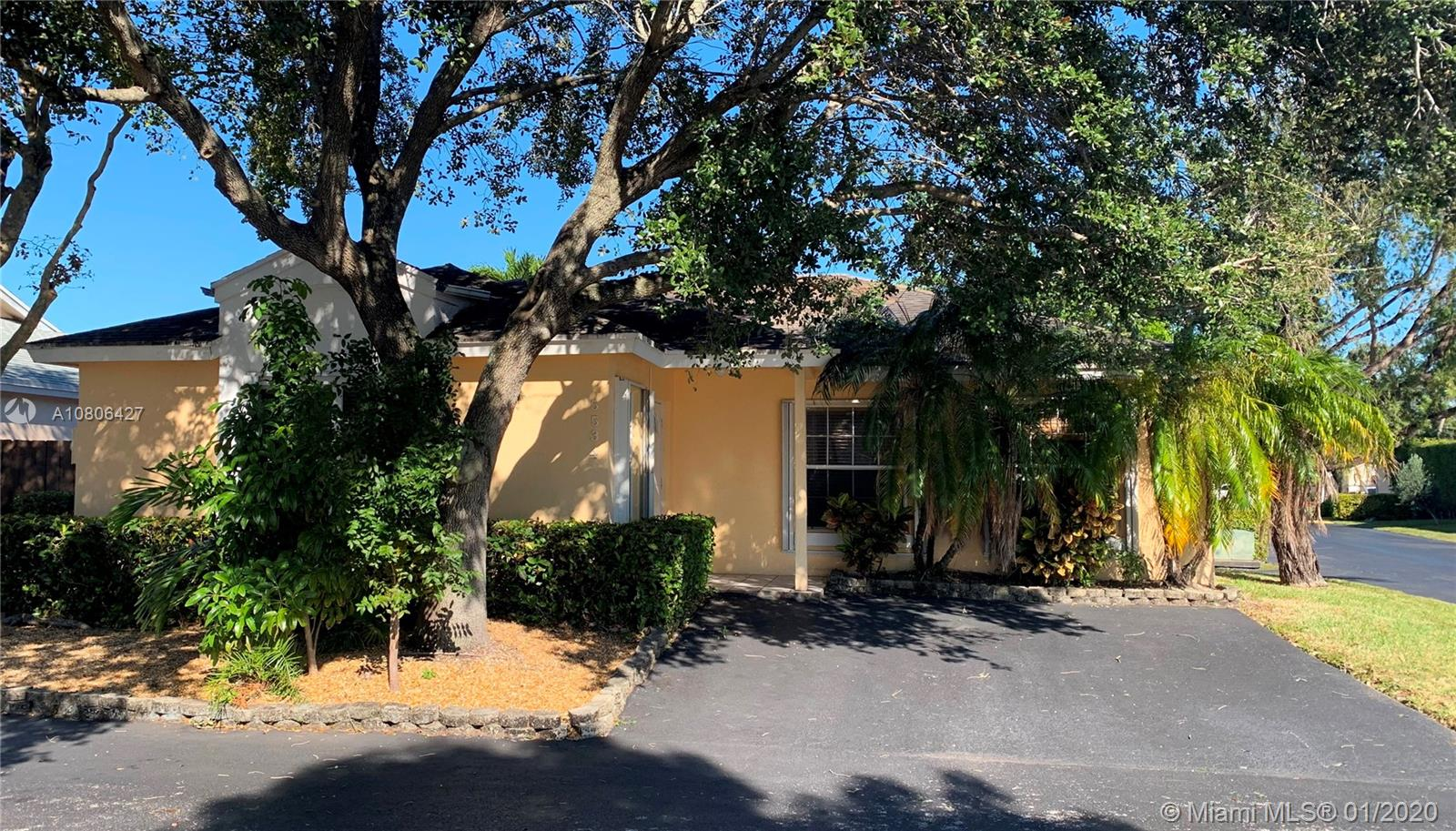 5534 NW 101st Ct  For Sale A10806427, FL