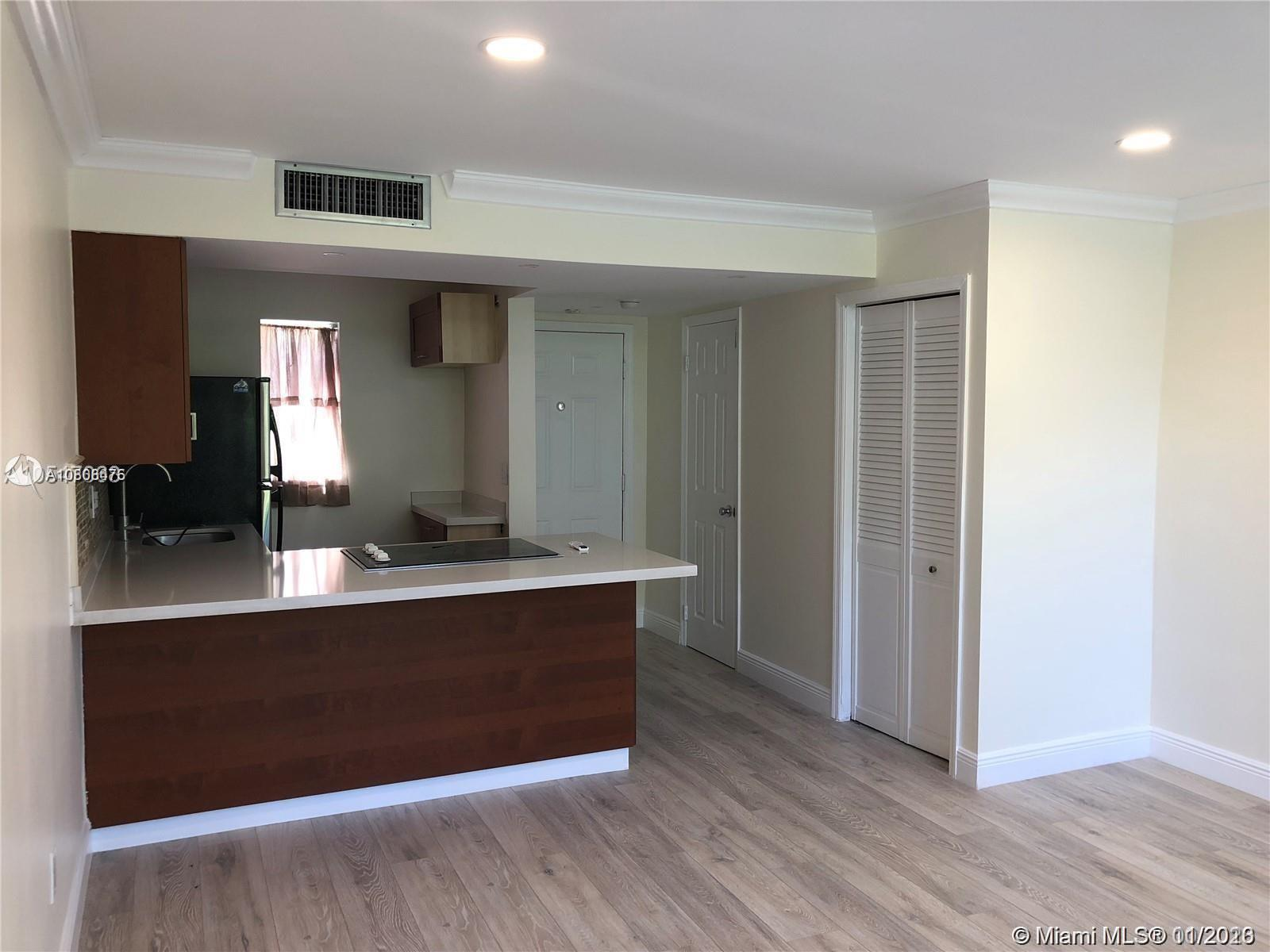 10907 N Kendall Dr #424 For Sale A10806475, FL