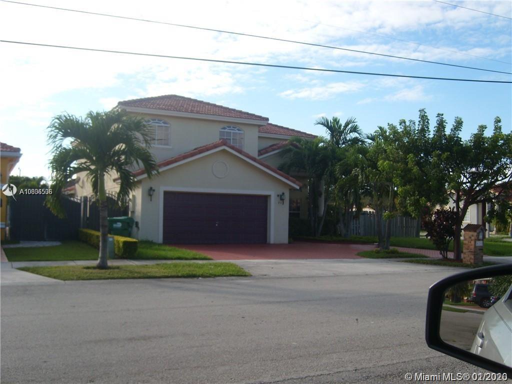 820 SW 142 AV, Miami, FL 33184
