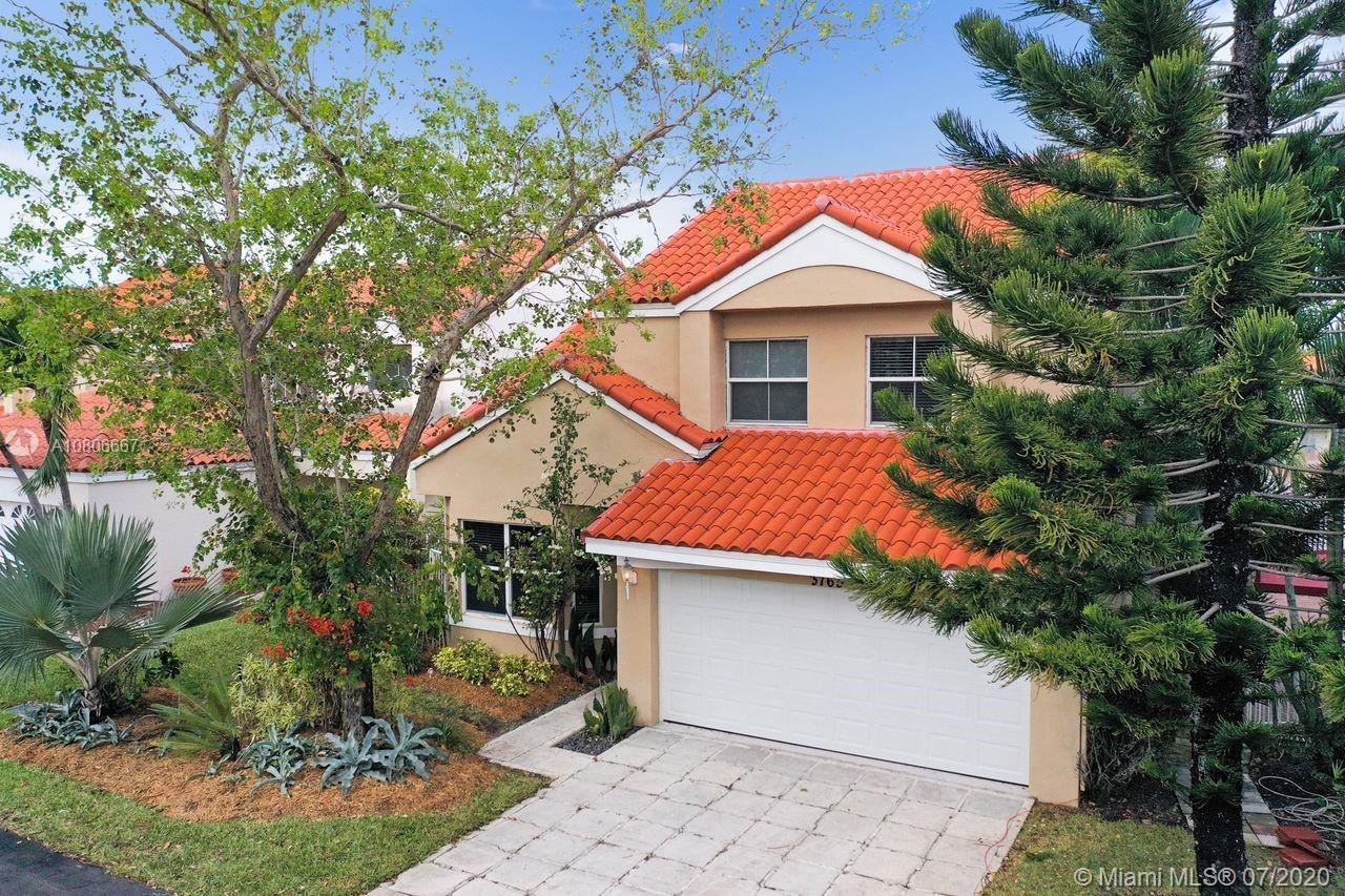 3765  Piedmont St  For Sale A10806667, FL