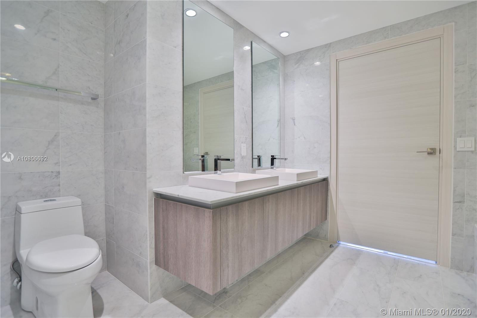 801 S Miami Ave #2910 For Sale A10806692, FL