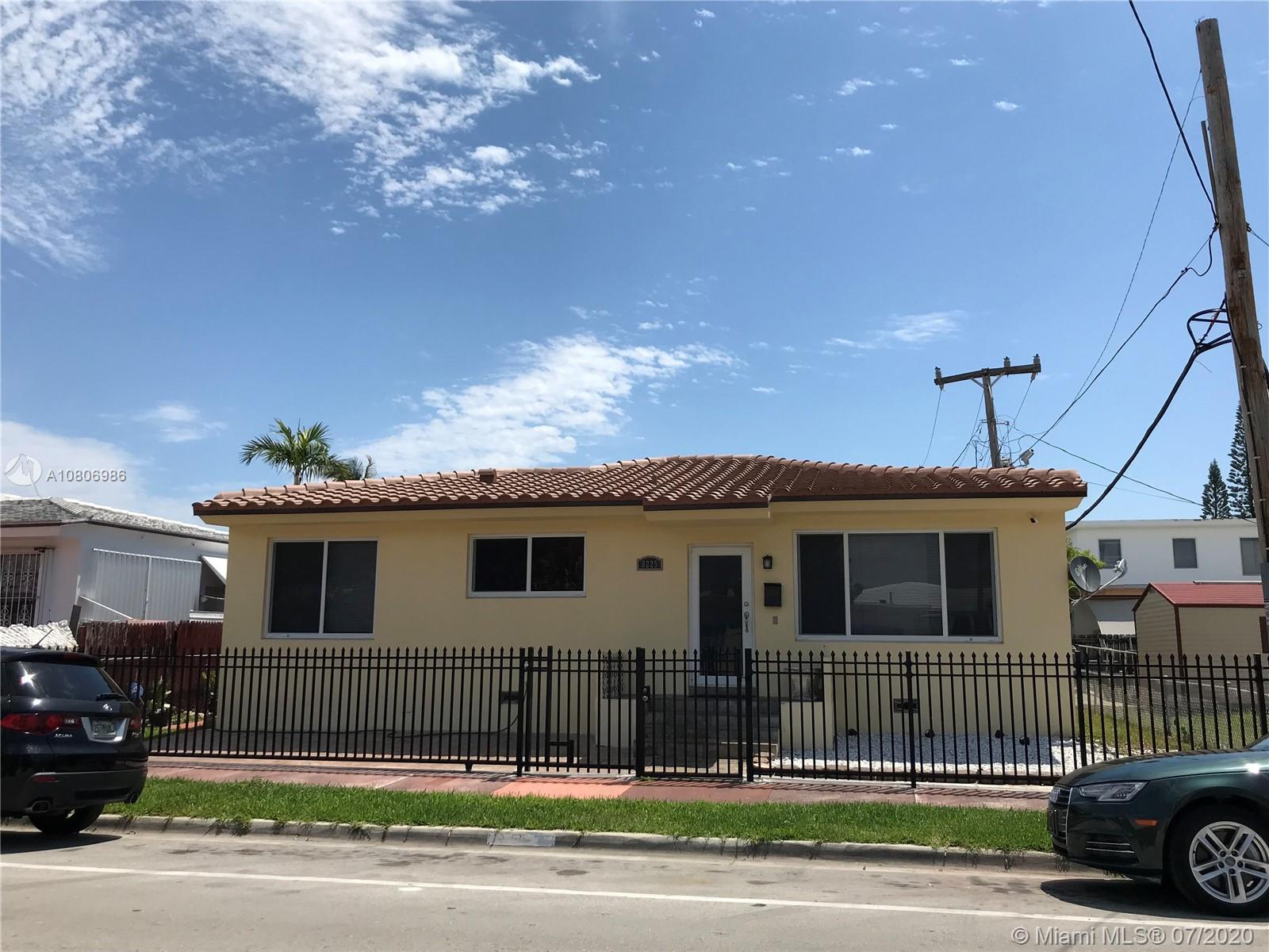 8225  Hawthorne Ave  For Sale A10806986, FL