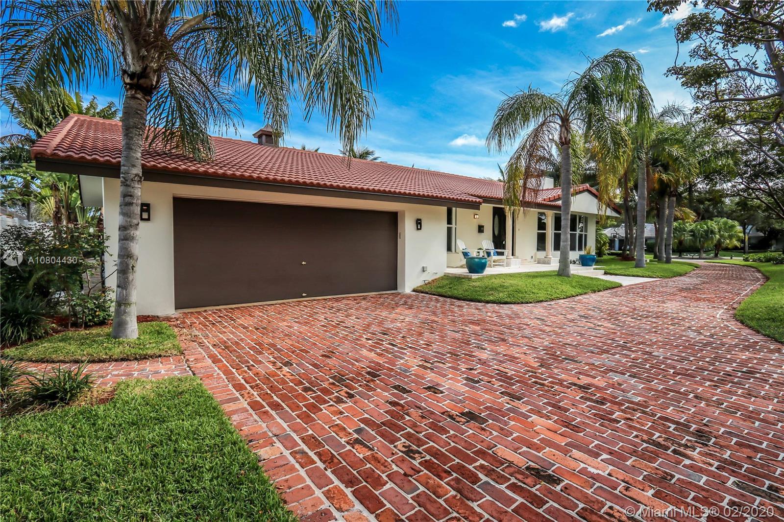 9 Gatehouse  RD, Sea Ranch Lakes, FL 33308