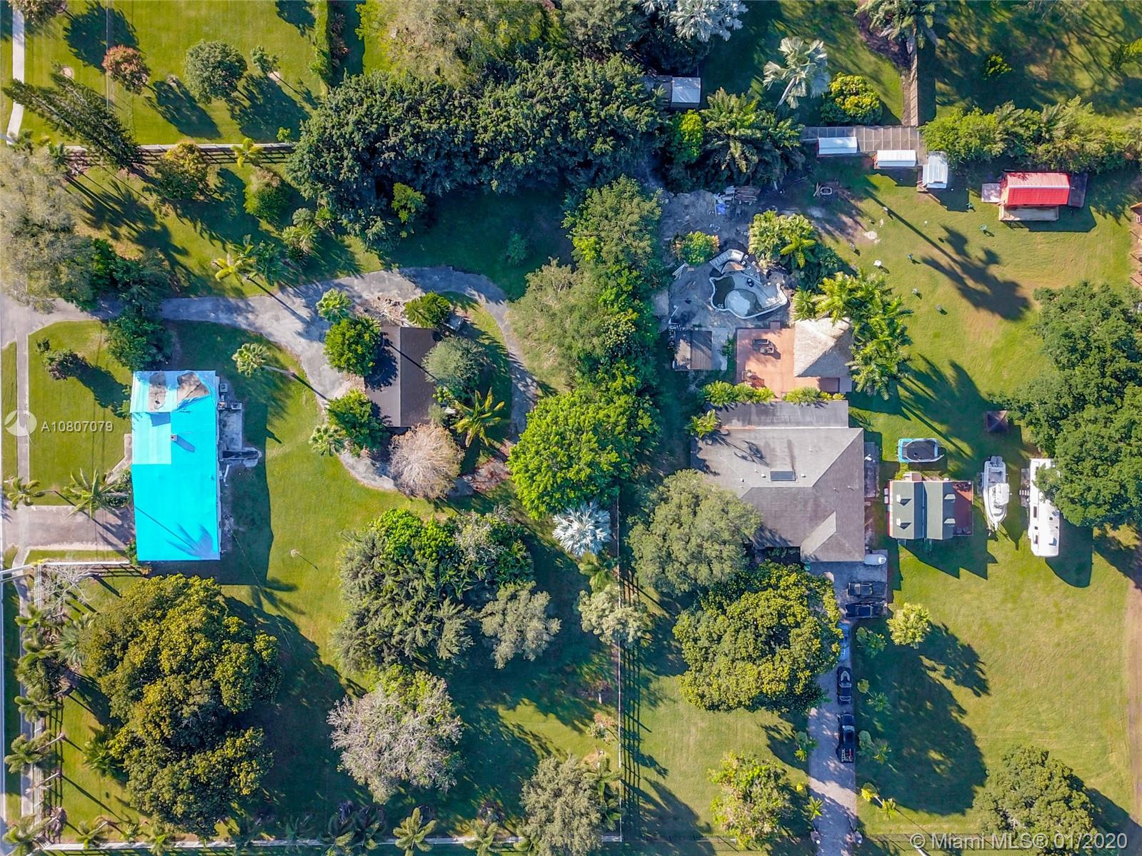 13900 SW 22nd Pl  For Sale A10807079, FL