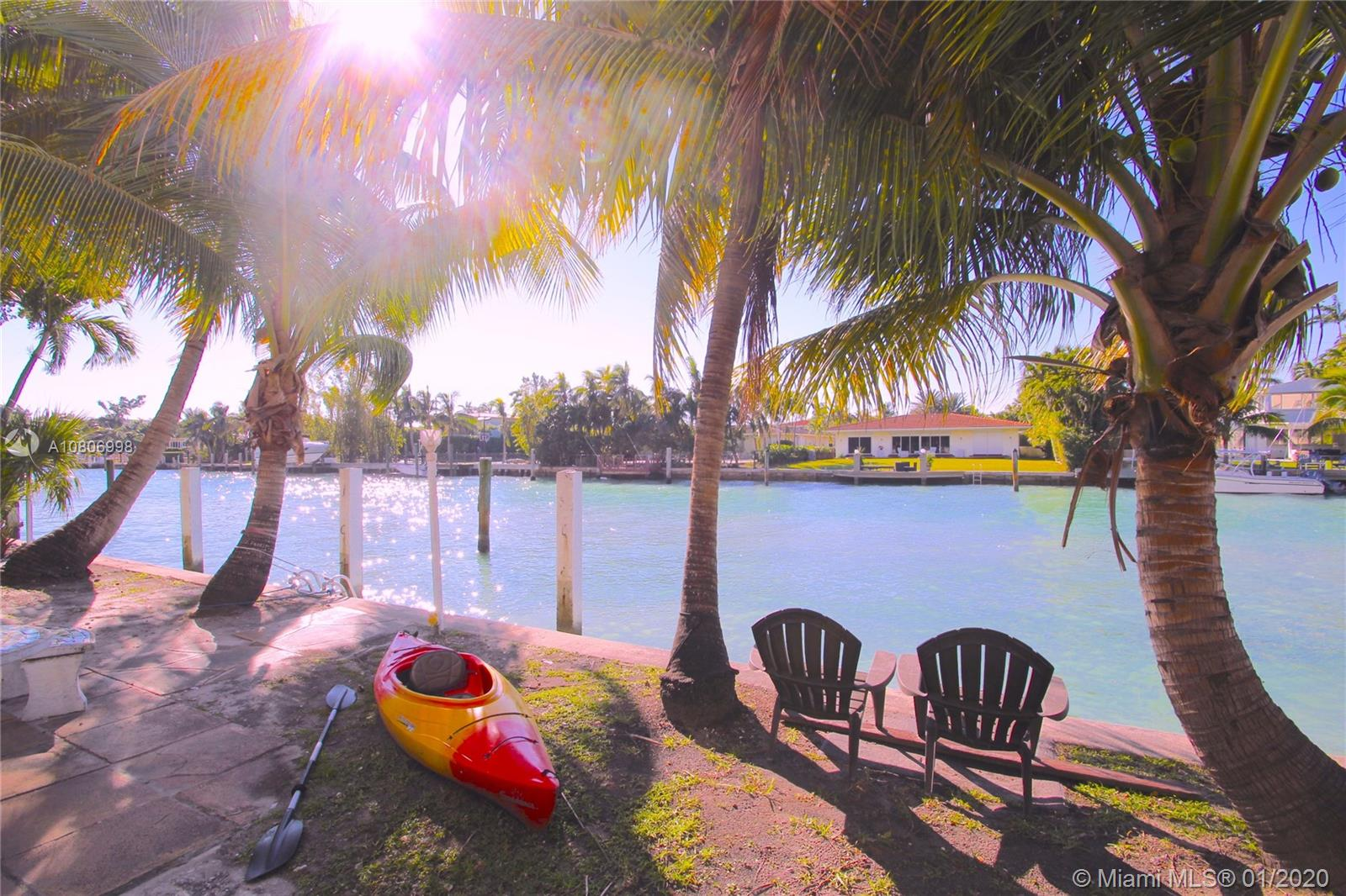 10082 W Bay Harbor Drive #6 For Sale A10806998, FL