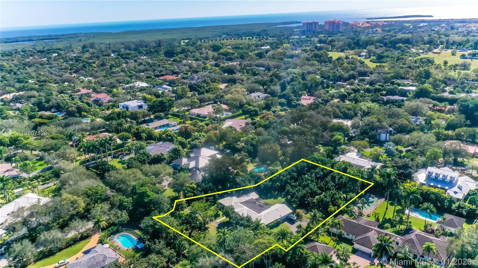 13190 SW 63rd Ct  For Sale A10807128, FL