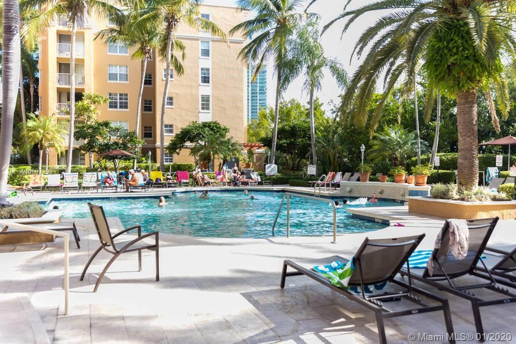 19701 E Country Club Dr #5408 For Sale A10807299, FL