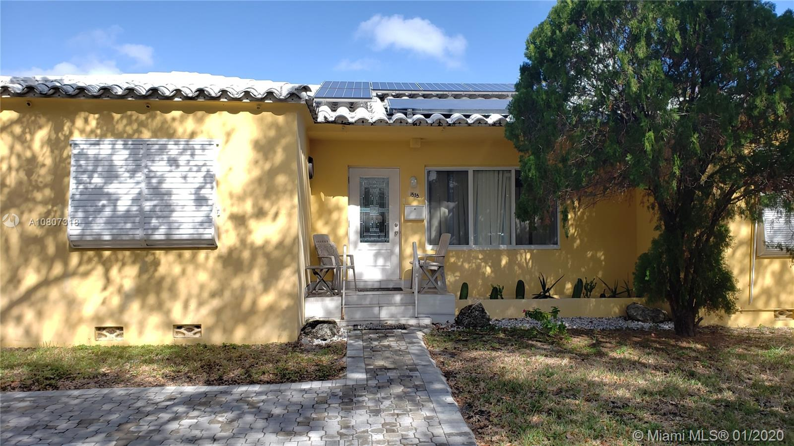 1535  Madison St  For Sale A10807318, FL