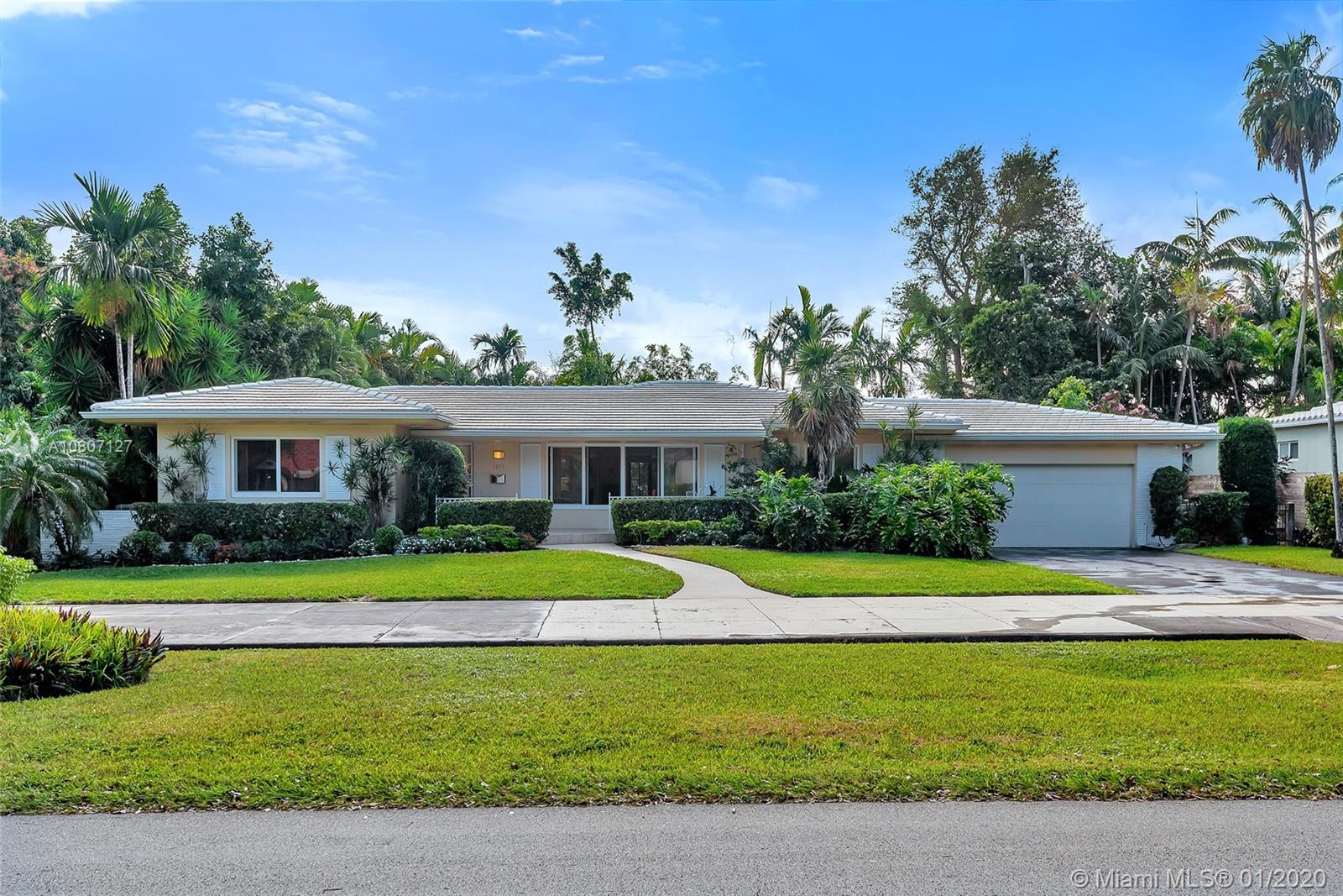 1234 NE 101 ST  For Sale A10807127, FL