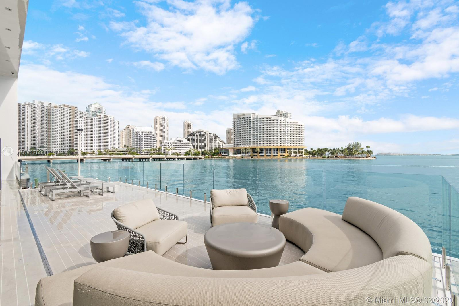 801  Brickell Bay Drive  For Sale A10807533, FL