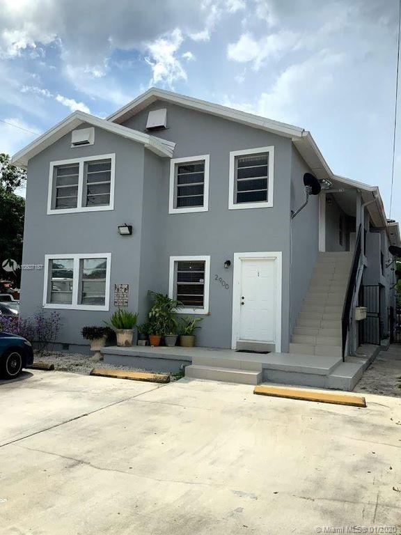 2900 SW 3rd St  For Sale A10807187, FL