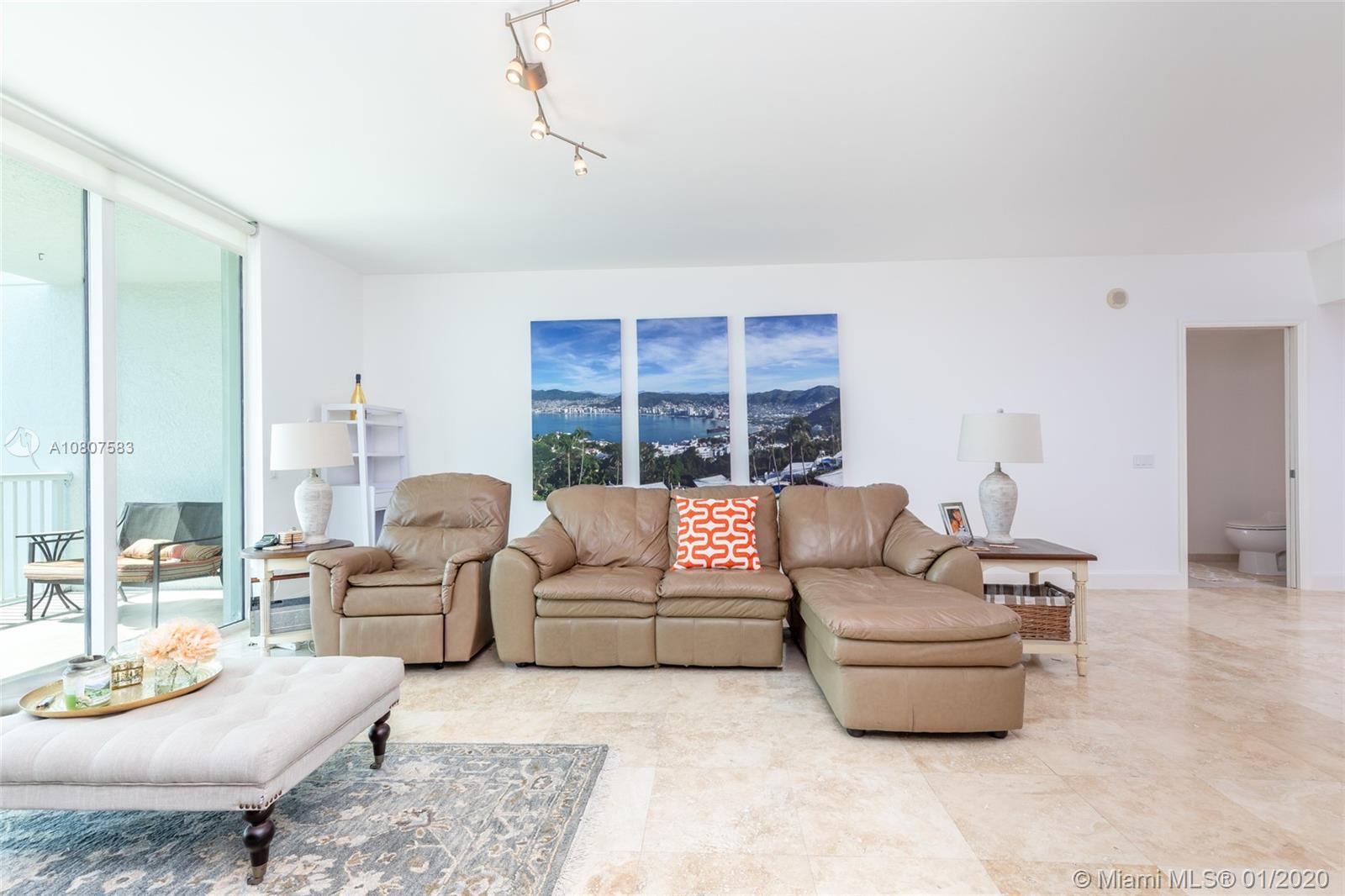 14951  Royal Oaks Ln #403 For Sale A10807583, FL
