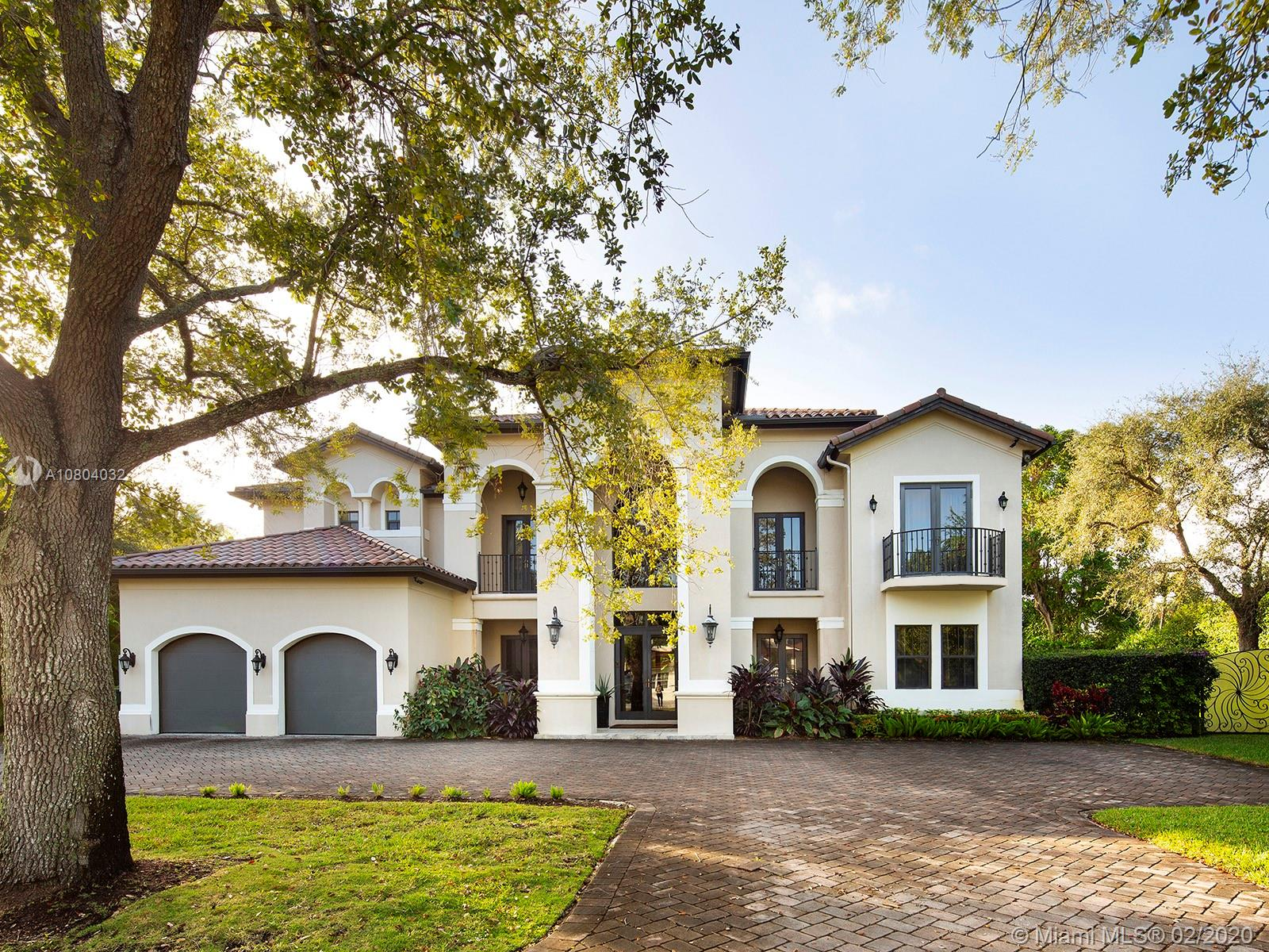 8446 SW 121st St  For Sale A10804032, FL