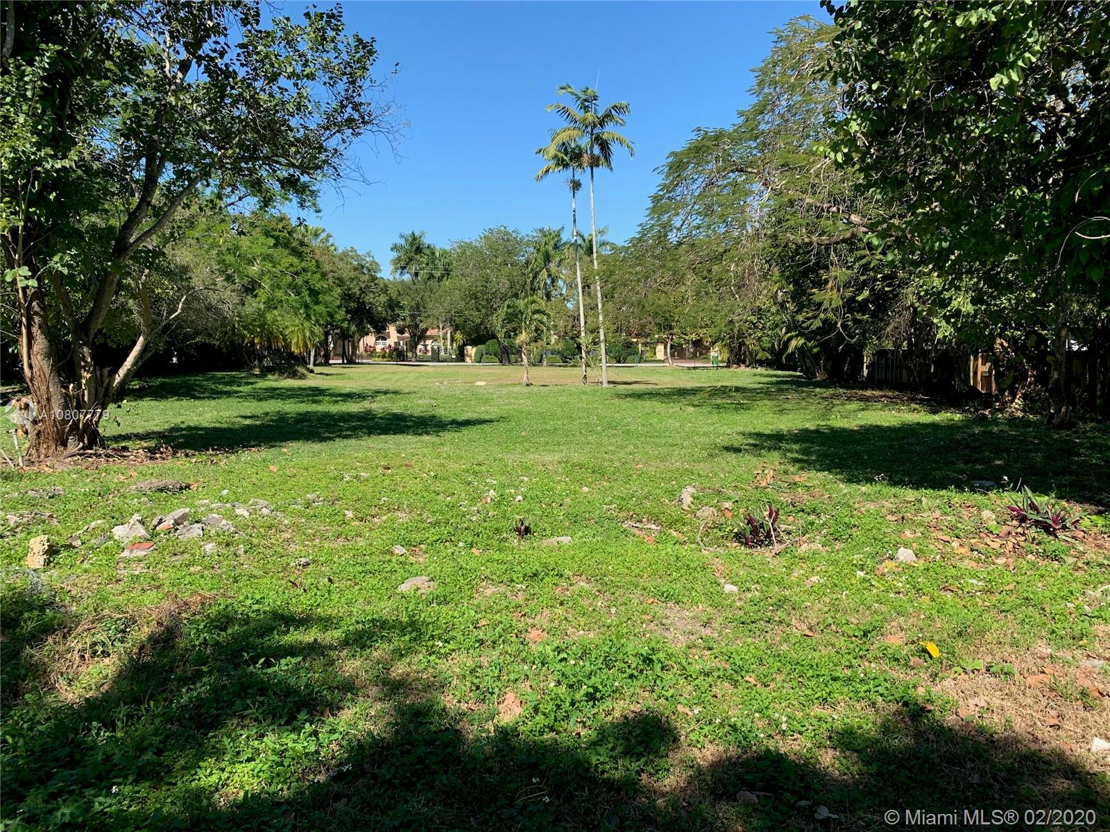 7240 SW 104th St  For Sale A10807779, FL
