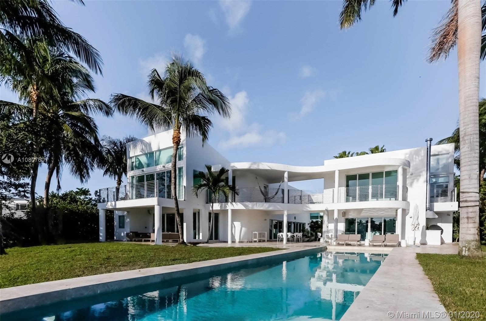 890  HARBOR DRIVE  For Sale A10807601, FL