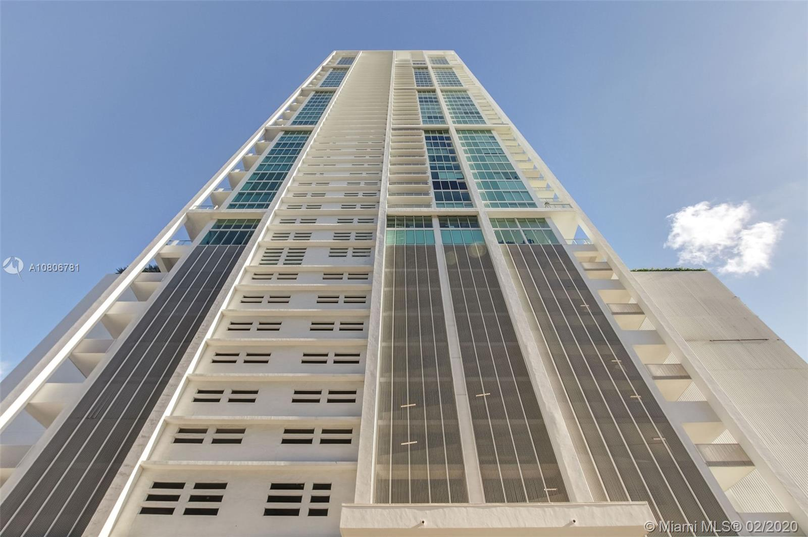 1040  Biscayne Blvd #PH4202 For Sale A10806781, FL