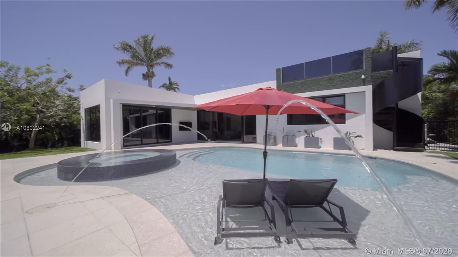 613 Hibiscus Dr, Hallandale Beach, FL 33009