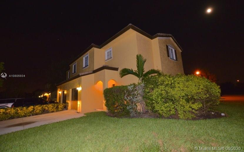 10150 SW 21st St #10150 For Sale A10805934, FL