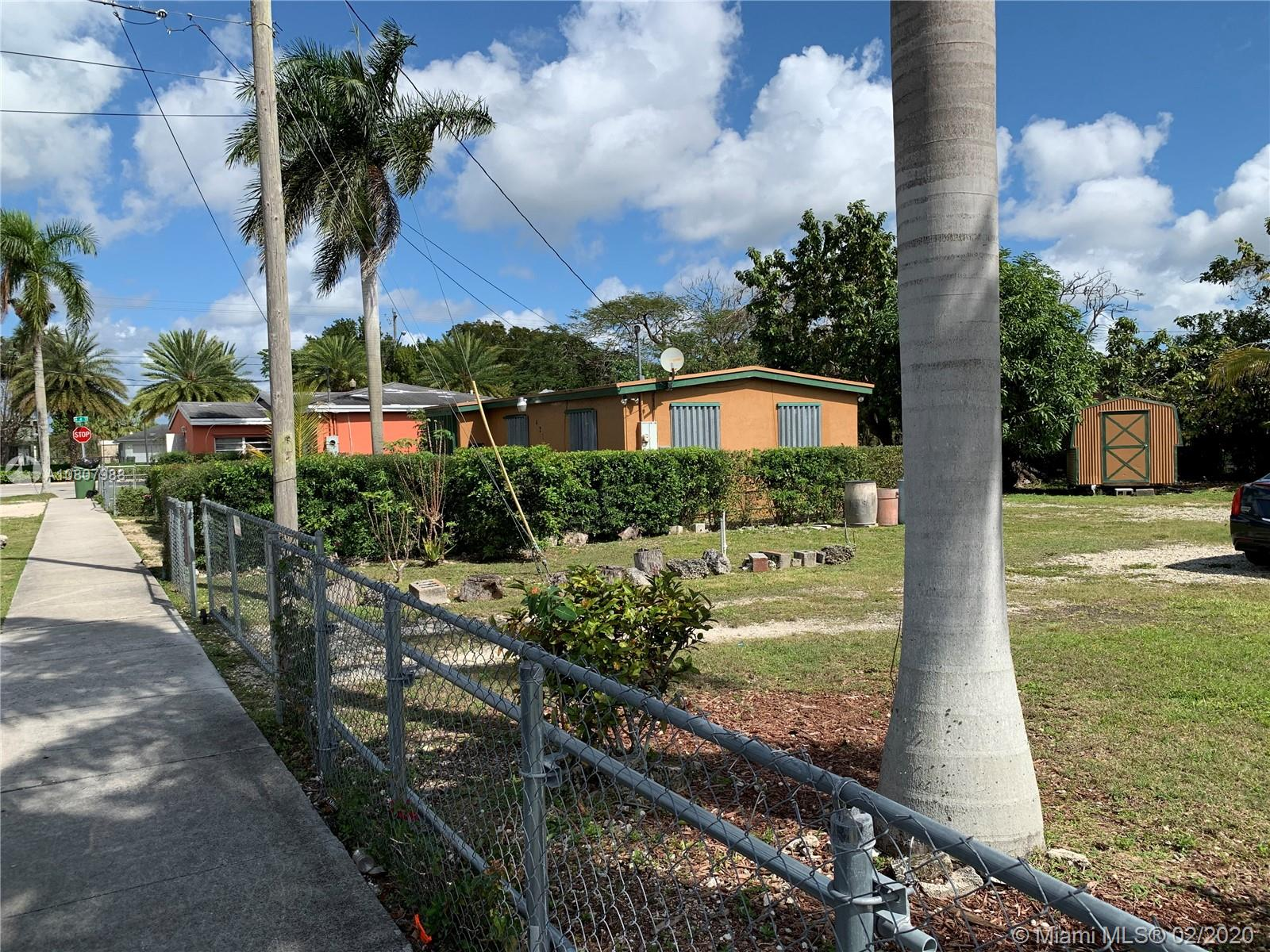 421 SW 8th Ave  For Sale A10807988, FL