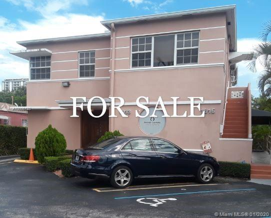1913 SW 3rd Av  For Sale A10808125, FL