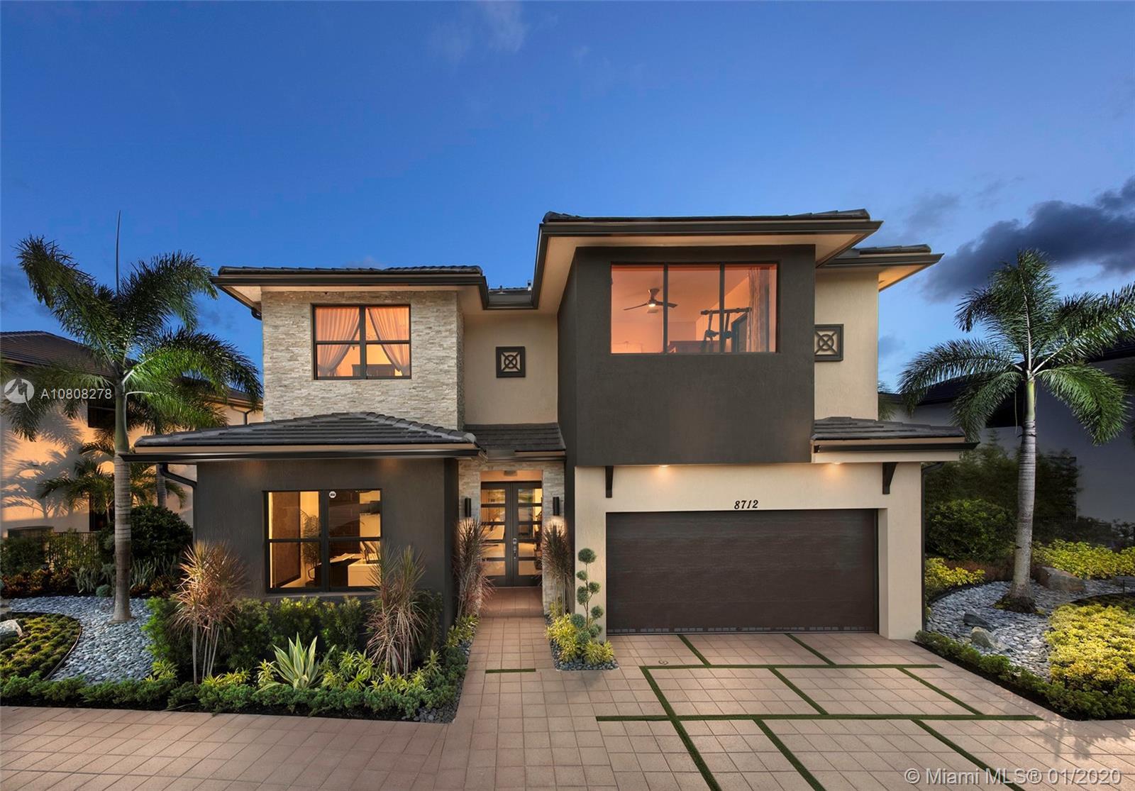 8854 NW 161 TERR, Miami Lakes, FL 33018