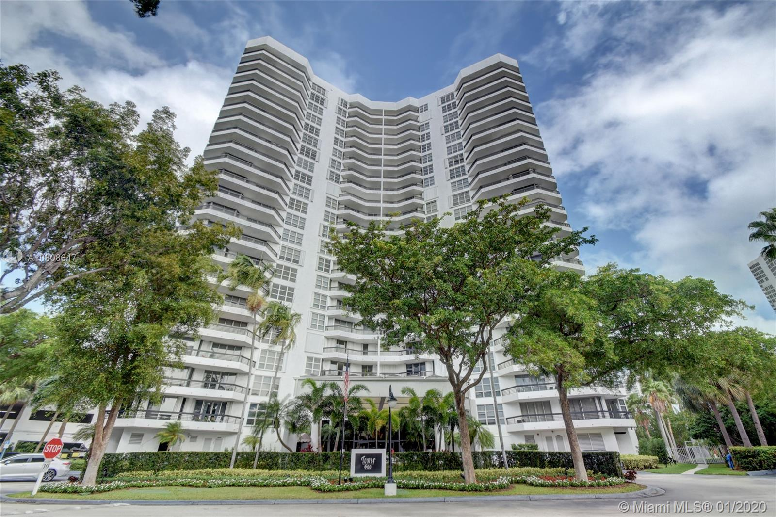 3400 NE 192nd St #808 For Sale A10808647, FL