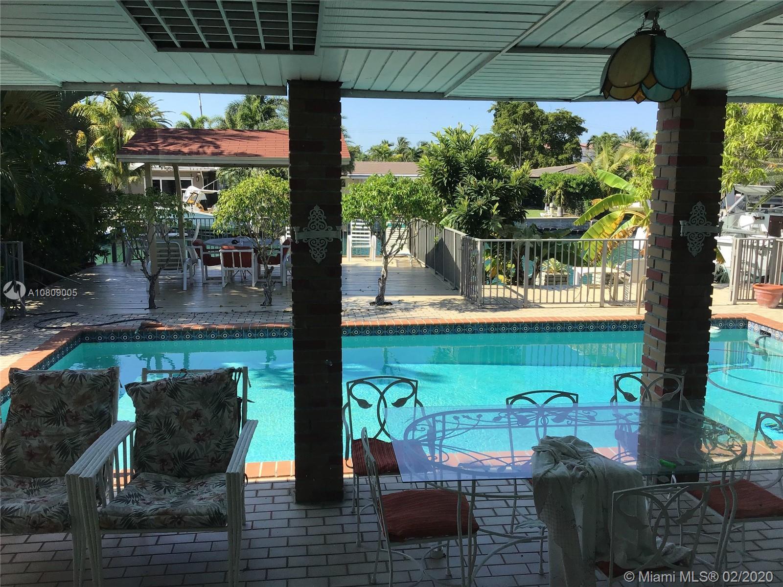 , North Miami, FL 33181