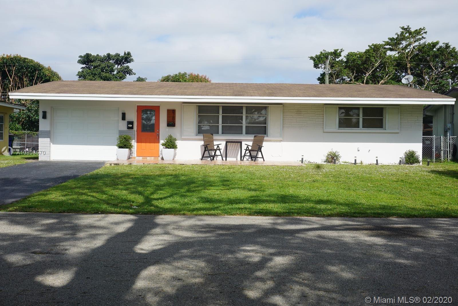 8781 NW 15th St  For Sale A10806570, FL