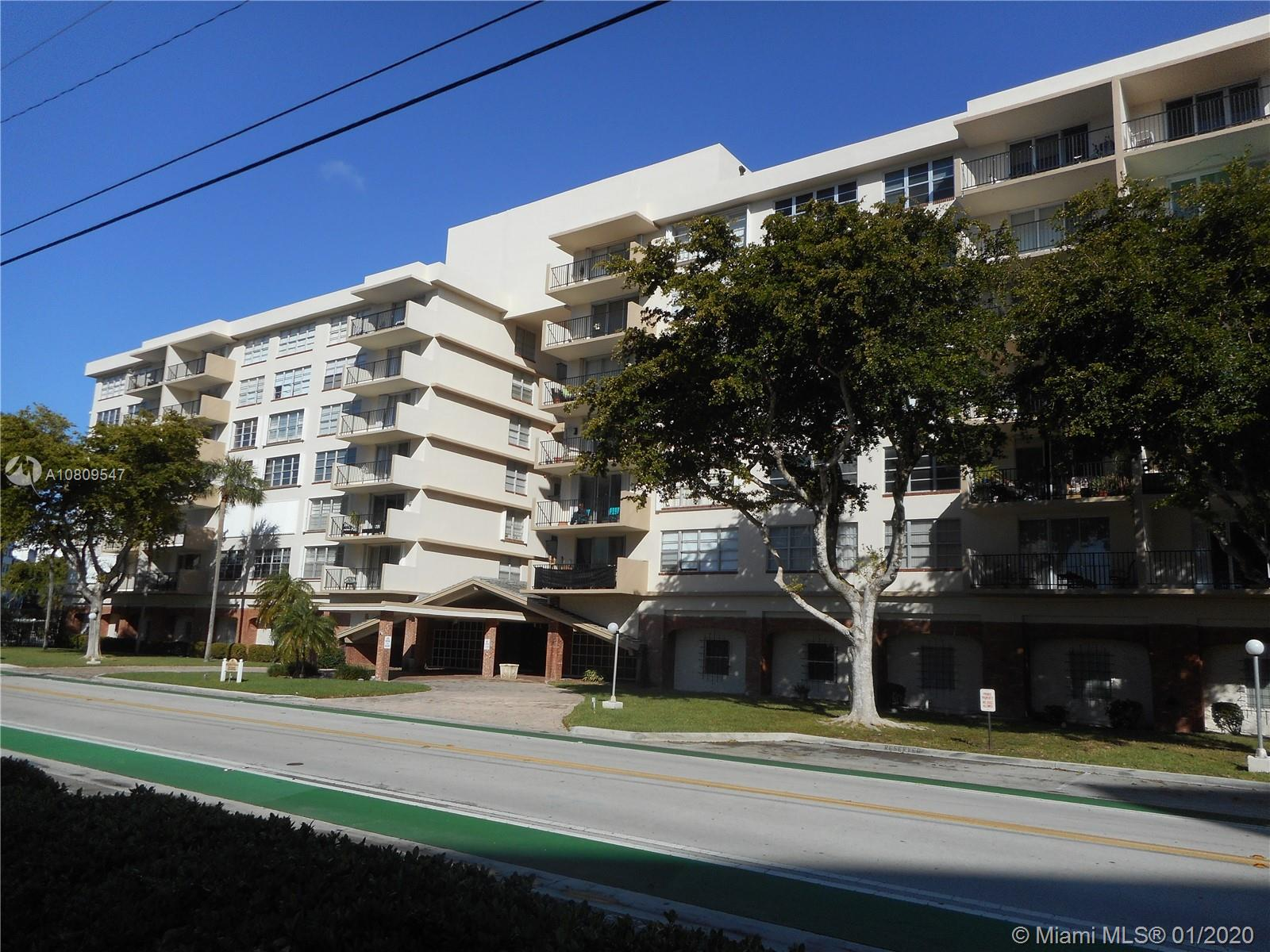1001  91st St #402 For Sale A10809547, FL
