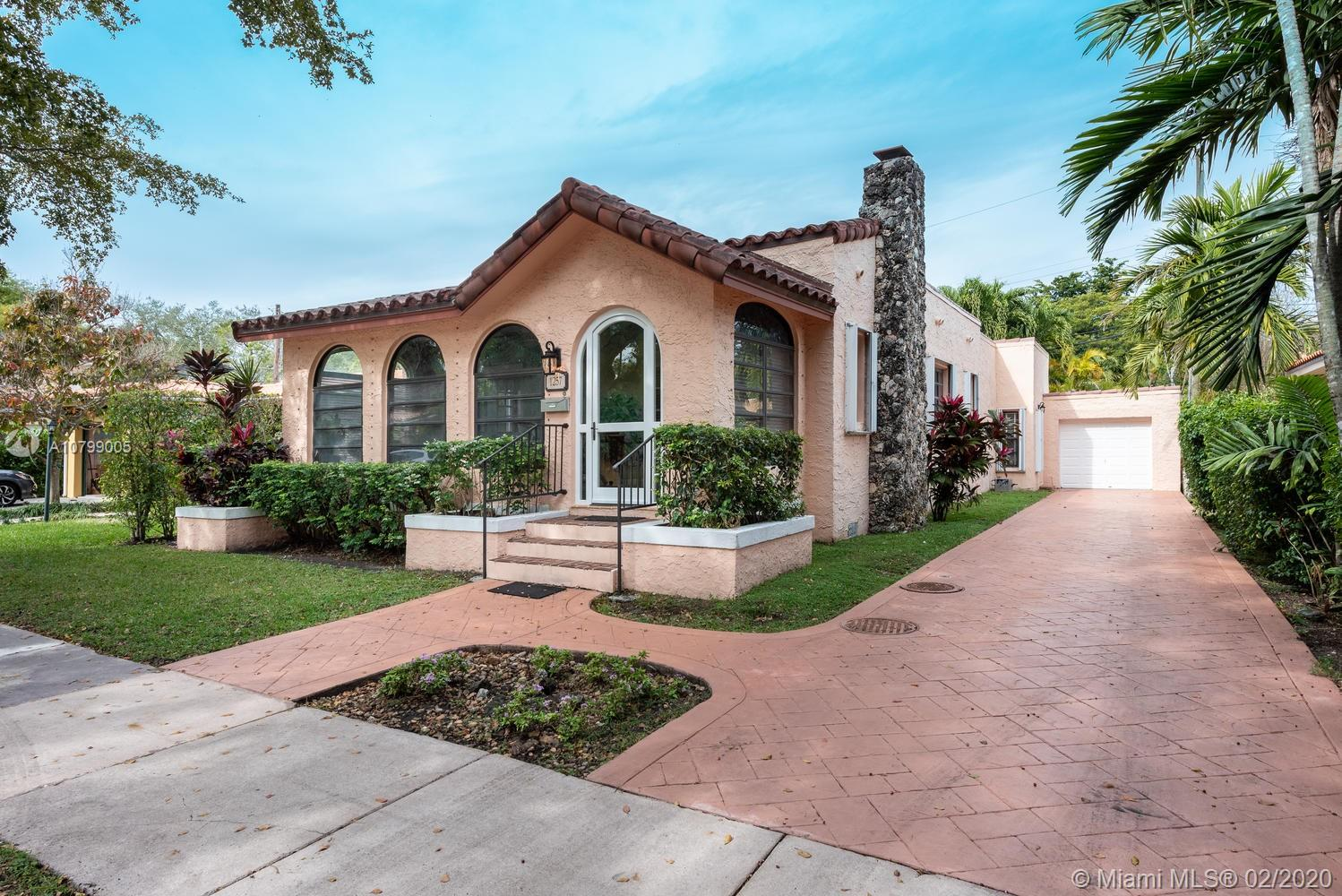 1257  Ortega Ave  For Sale A10799005, FL