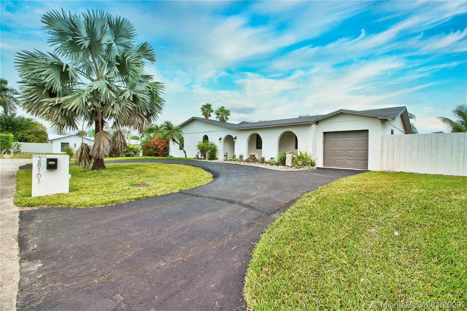 28101 SW 159th Ave, Homestead, FL 33033
