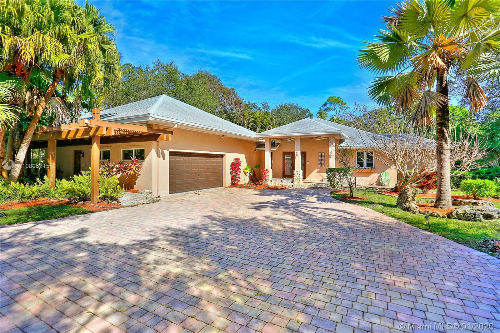 12201 SW 62nd Ave  For Sale A10806215, FL